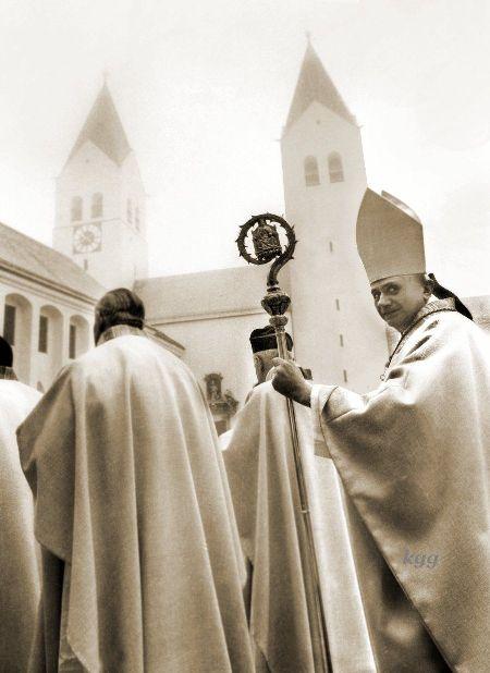 Kard_Ratzinger_Abschied_v_Freising_FE